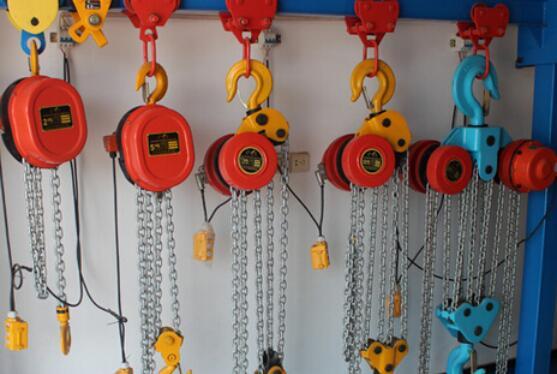 electric chain hoist using instructions